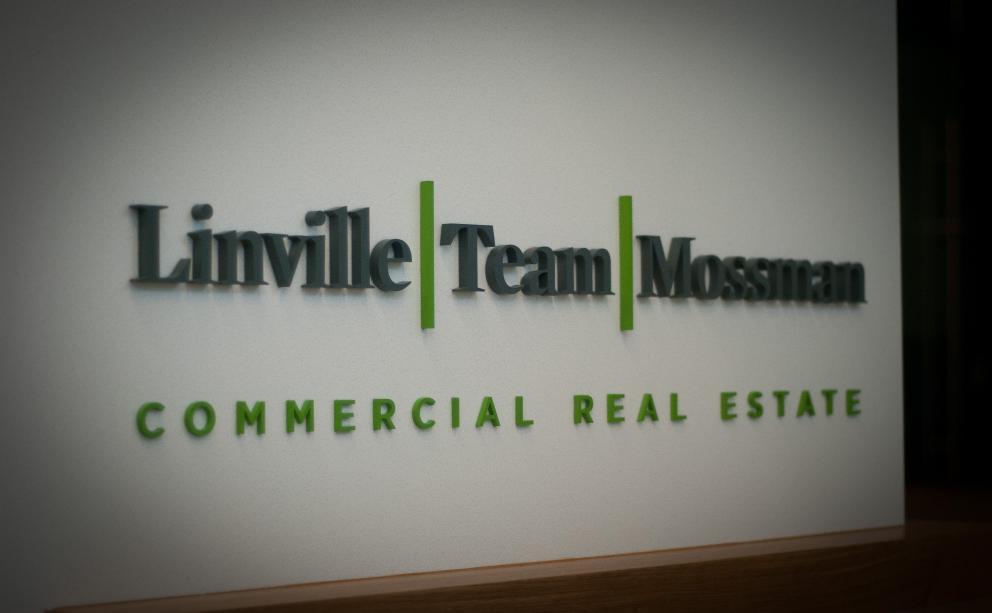 Linville Team Mossman Sign